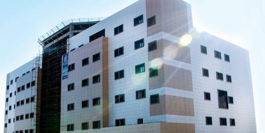 آلوسیز نمای خشک سرامیک و پنجره ساختمان